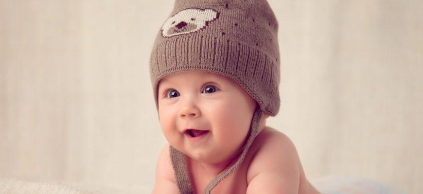 התפתחות שפה ומילים ראשונות אצל תינוקות
